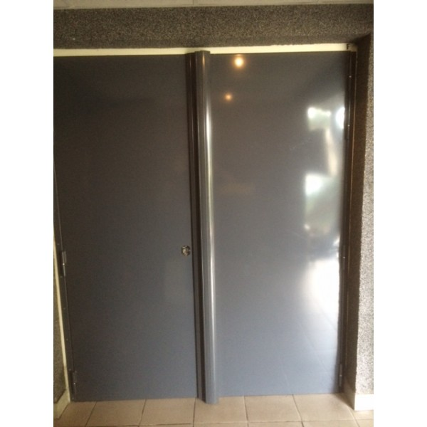 Porte m tallique sur mesure cl d 39 or vente de coffres for Porte metallique
